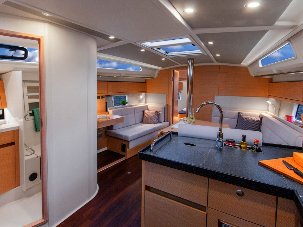 Hanse Hanse 418 between personal and professional