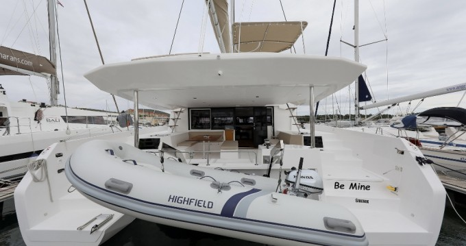 Rent a Dufour Dufour 48 Catamaran - 5 + 1 cab. Šibenik