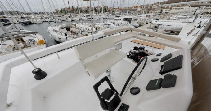 Dufour Dufour 48 Catamaran - 5 + 1 cab. between personal and professional Šibenik