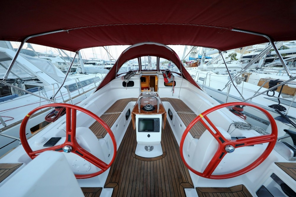 Elan Elan 444 Impression between personal and professional Trogir