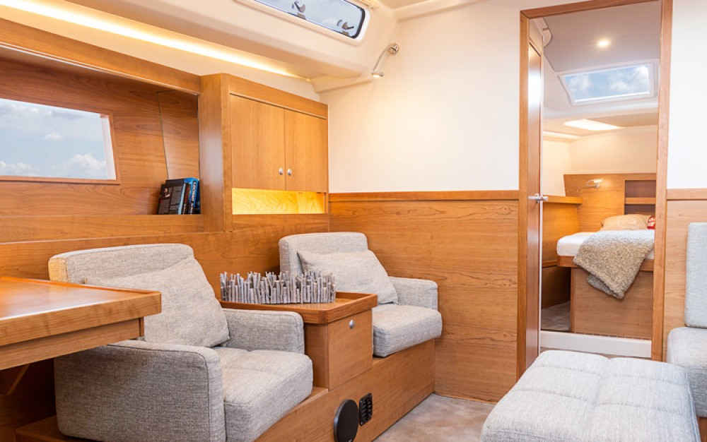 Hanse Hanse 455 between personal and professional