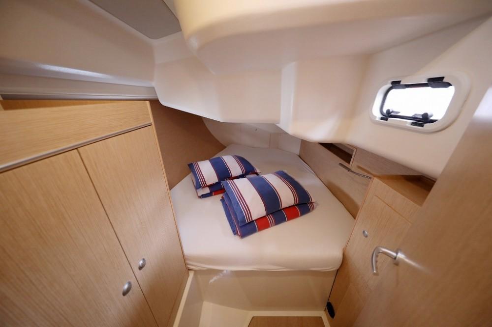 Rental yacht Marina Šangulin - Hanse Hanse 455 on SamBoat
