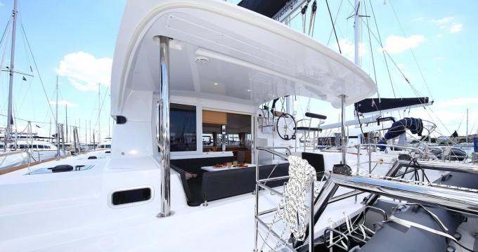Rental Catamaran in Biograd na Moru - Lagoon Lagoon 39