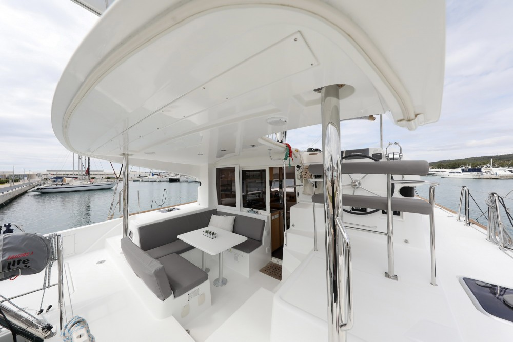 Rental Catamaran in Croatia - Lagoon Lagoon 39