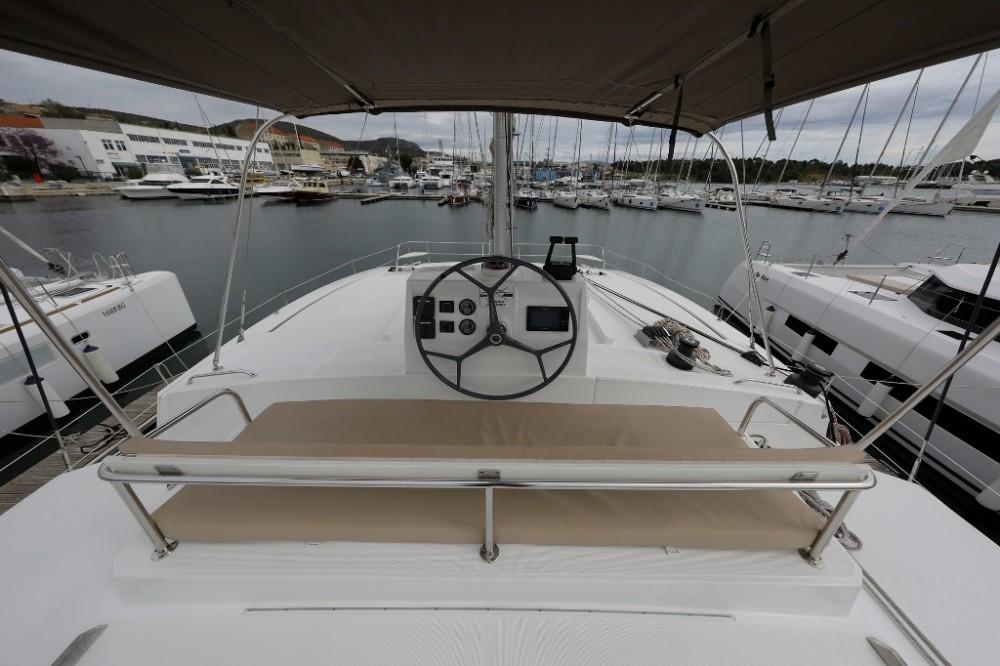 Boat rental Catana Bali 4.5 - 4 + 2 cab. in Šibenik on Samboat