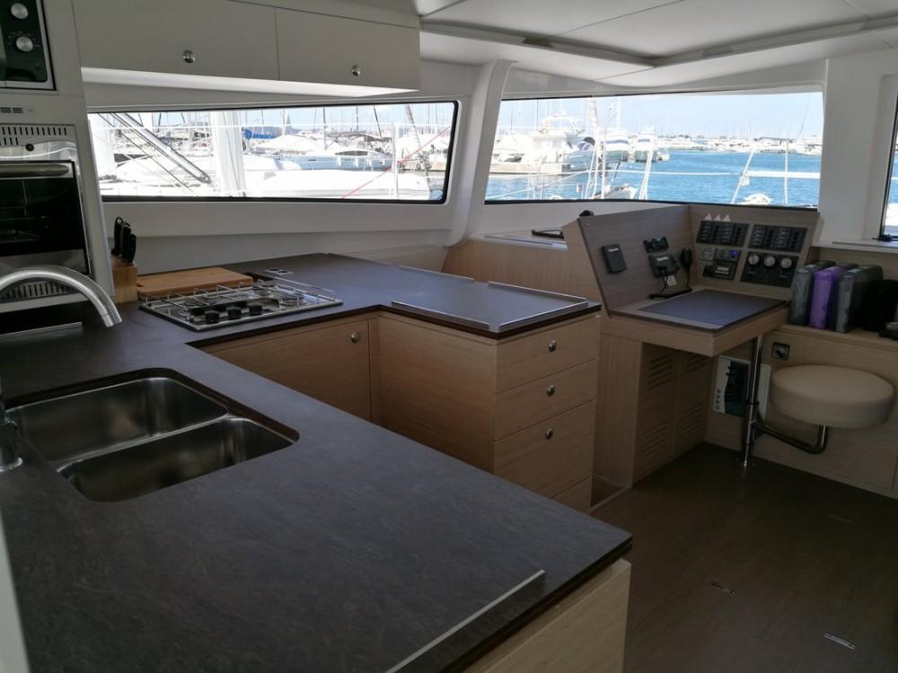 Rental Catamaran in Šibenik - Catana Bali 4.5 - 4 + 2 cab.