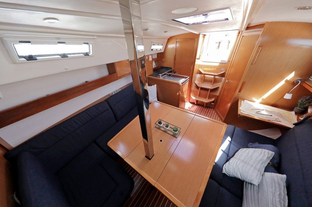 Rental Sailboat in  - Bavaria Cruiser 32