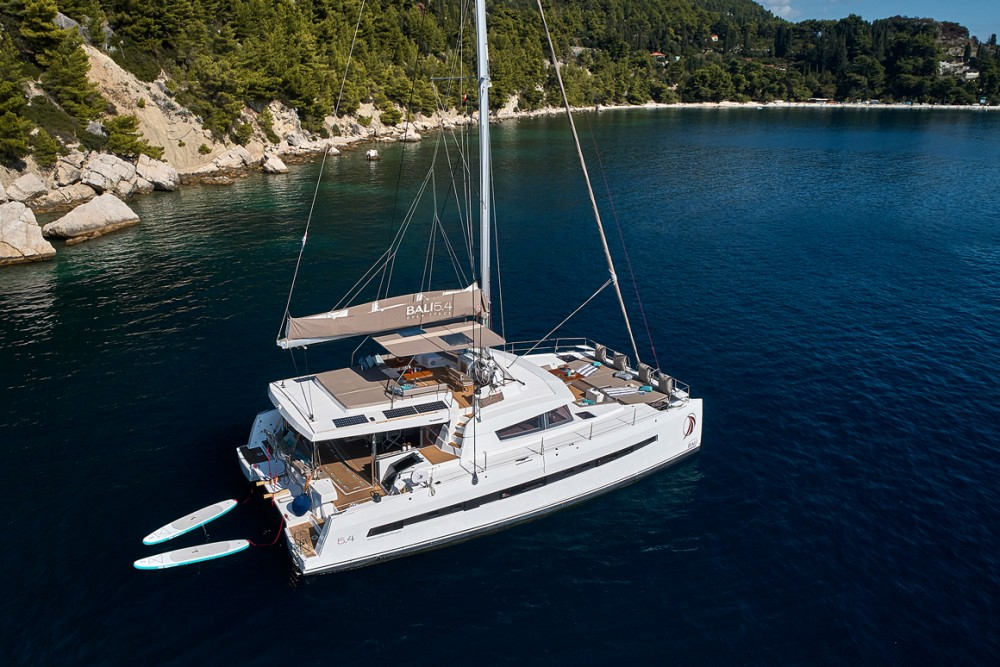 Boat rental Catana Bali 5.4 Open Space - 5 cab. in Kroatien on Samboat