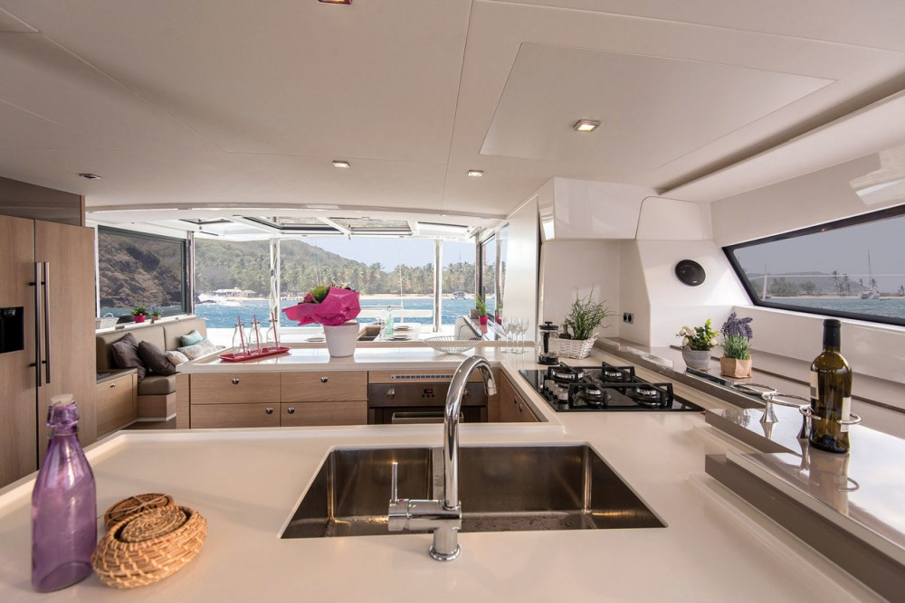 Rent a Catana Bali 5.4 Open Space - 5 cab. Kroatien