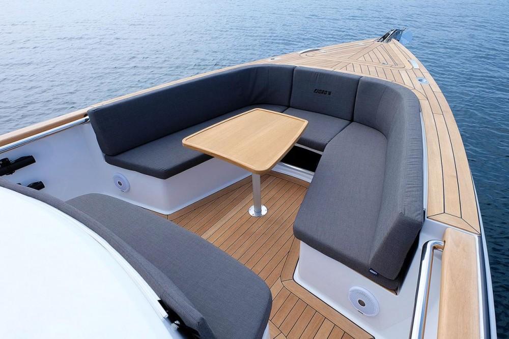 Boat rental Croatie cheap Fjord 36 Open