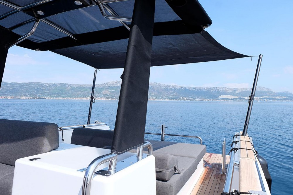 Rent a Fjord-Boats Fjord 36 Open Croatie