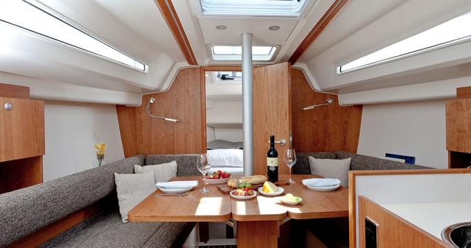Boat rental Croatia cheap Hanse 315