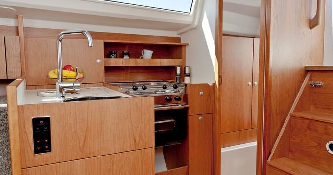 Rental Sailboat in Croatia - Hanse Hanse 315