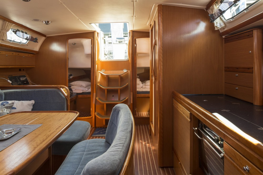 Boat rental Bavaria R40 in Sweden on Samboat