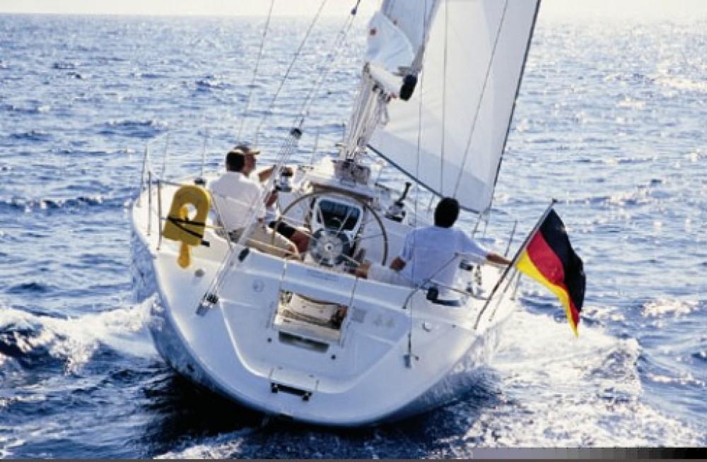 Rental yacht Slovenia - Bavaria Bavaria 38 on SamBoat