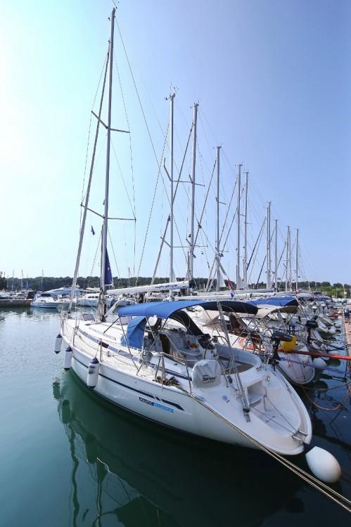 Rental yacht Grad Pula - Bavaria Bavaria 38 on SamBoat