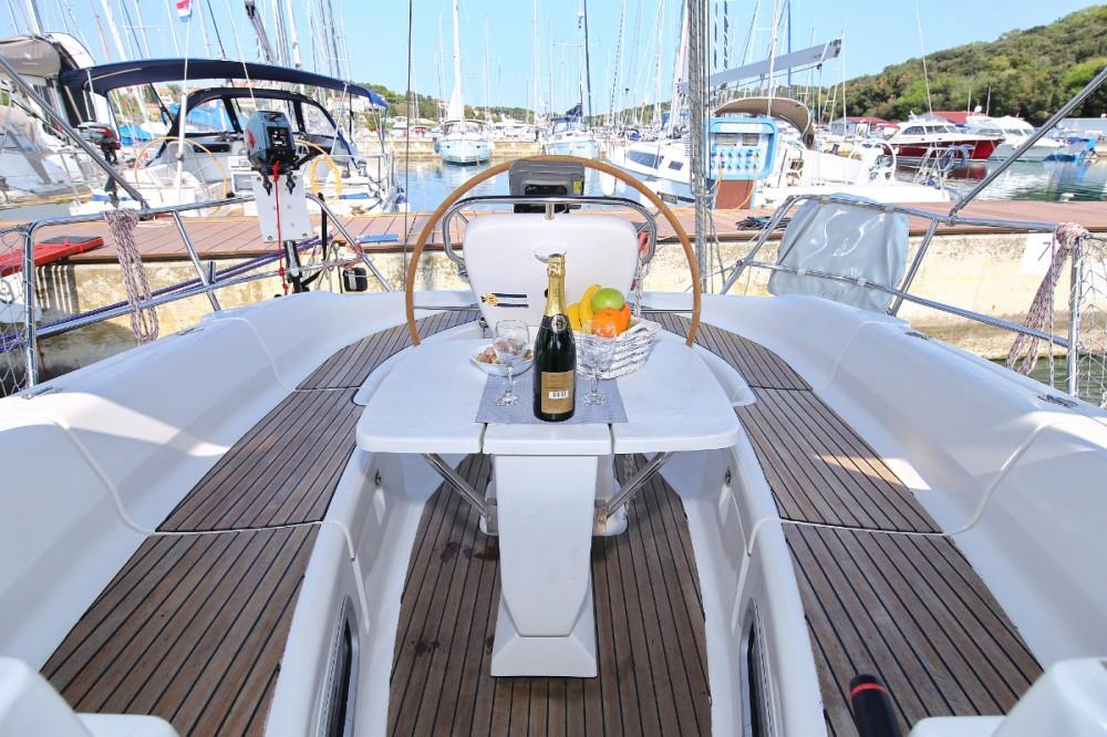Boat rental Grad Pula cheap Bavaria 38