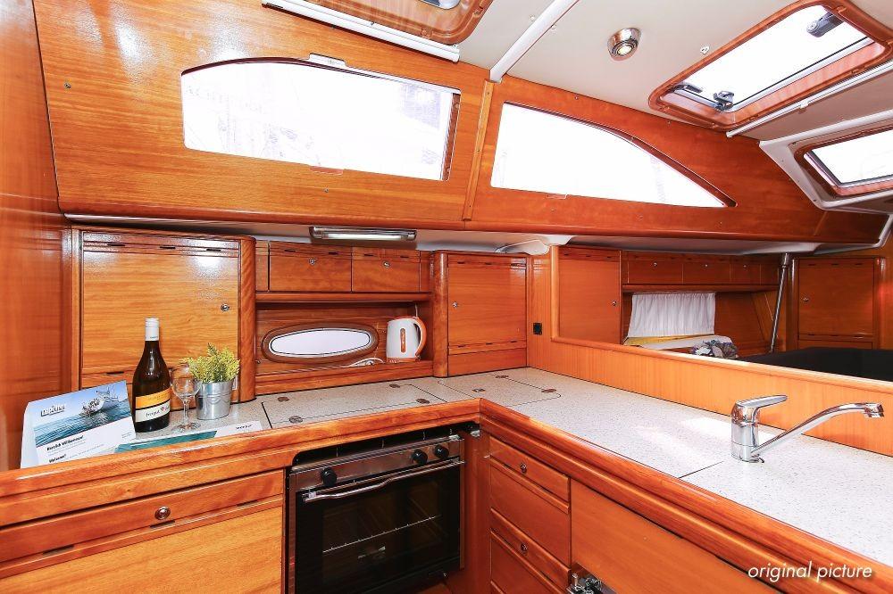Boat rental Bavaria Bavaria 40 Vision in Grad Pula on Samboat