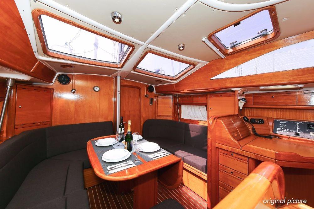 Rental yacht Grad Pula - Bavaria Bavaria 40 Vision on SamBoat