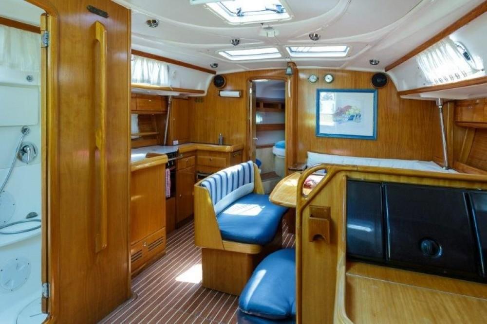 Boat rental Bavaria Cruiser 42 in Split on Samboat