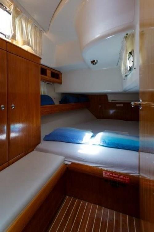 Rent a Bavaria Cruiser 42 Split