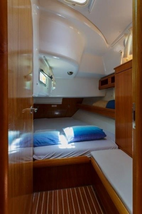Rental yacht Split - Bavaria Cruiser 42 on SamBoat