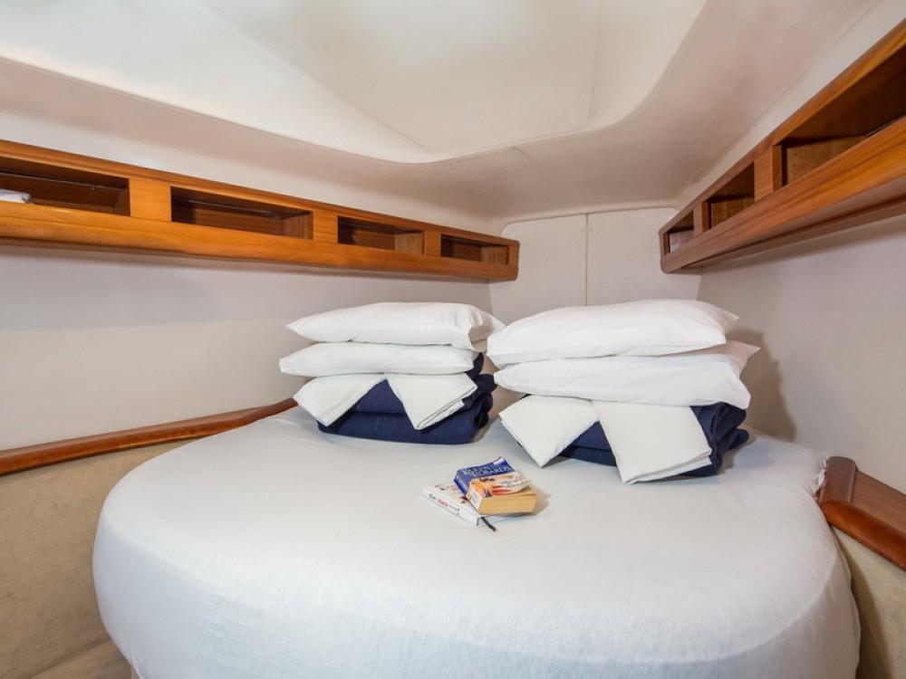 Boat rental  cheap Bavaria 42 Match
