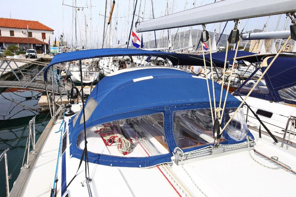 Boat rental  cheap Bavaria 44