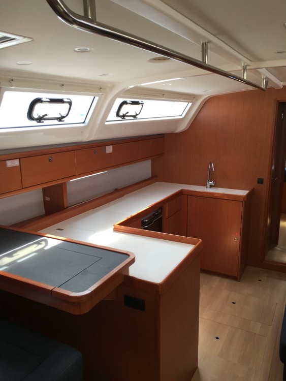 Rent a Bavaria Cruiser 51 Peloponnese