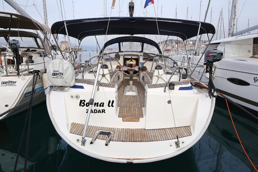 Boat rental  cheap Cruiser 47