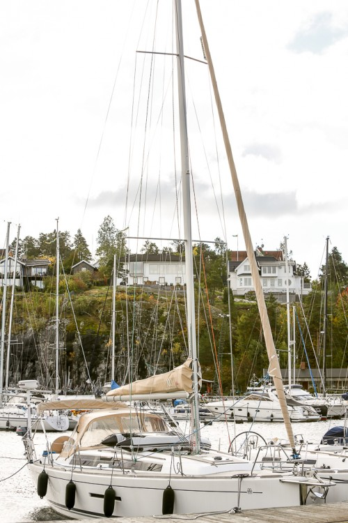 Rental Sailboat in Comté de Stockholm - Dufour Dufour 380 Grand Large