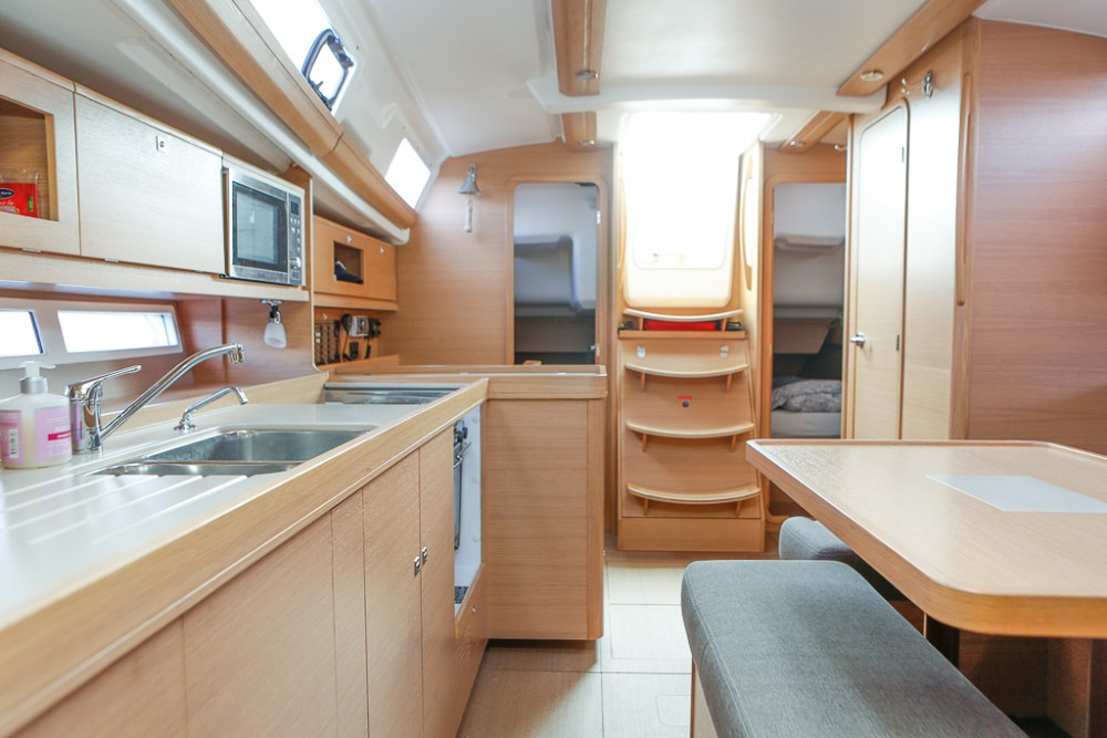 Boat rental Dufour Dufour 380 Grand Large in Comté de Stockholm on Samboat