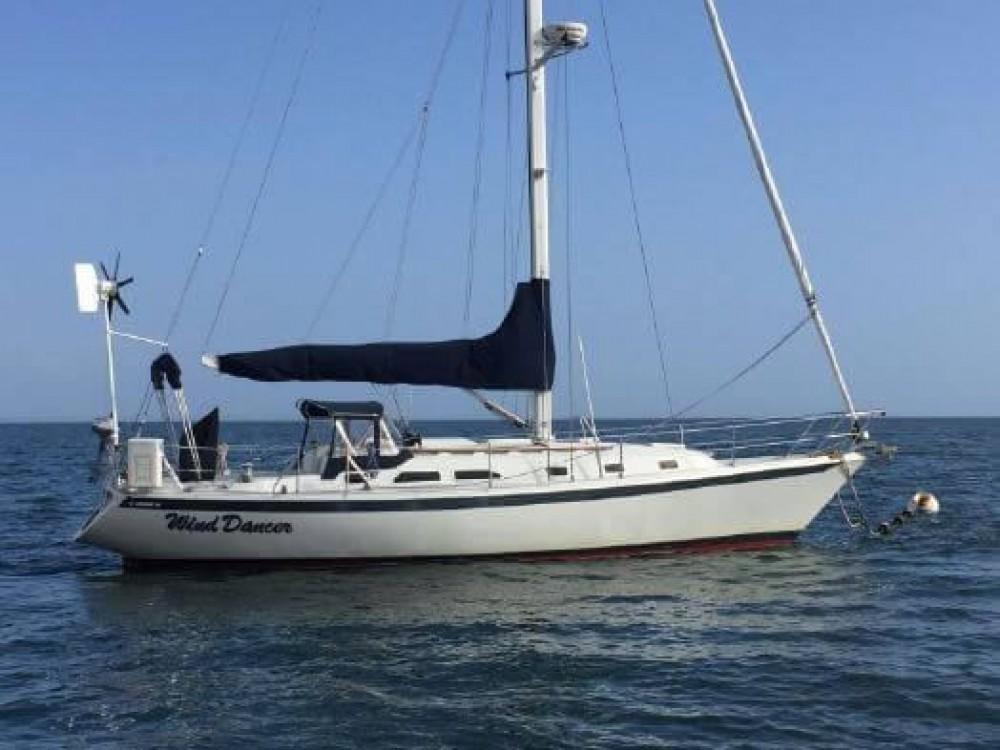 Rental yacht New England - Ericson Yachts Ericson 38 on SamBoat