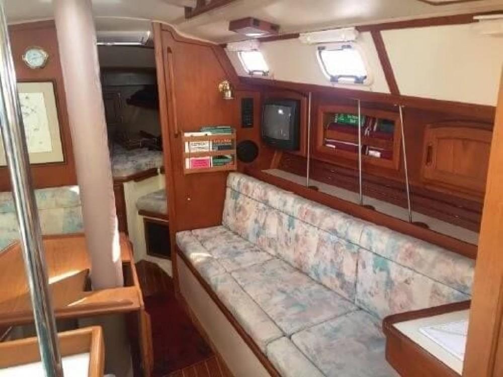 Rental Sailboat in New England - Ericson Yachts Ericson 38