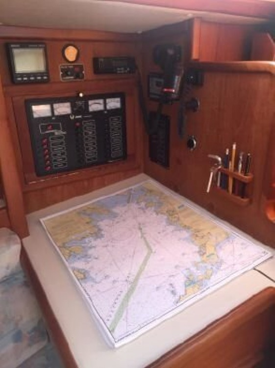 Rent a Ericson Yachts Ericson 38 New England