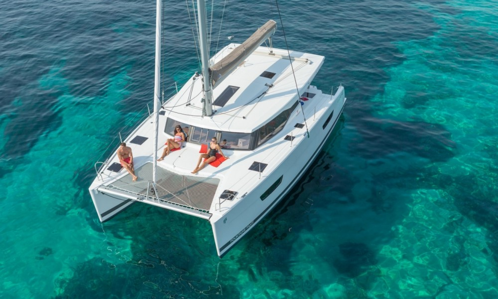 Boat rental Fountaine Pajot Fountaine Pajot Lucia 40 - 3 cab. in New England on Samboat