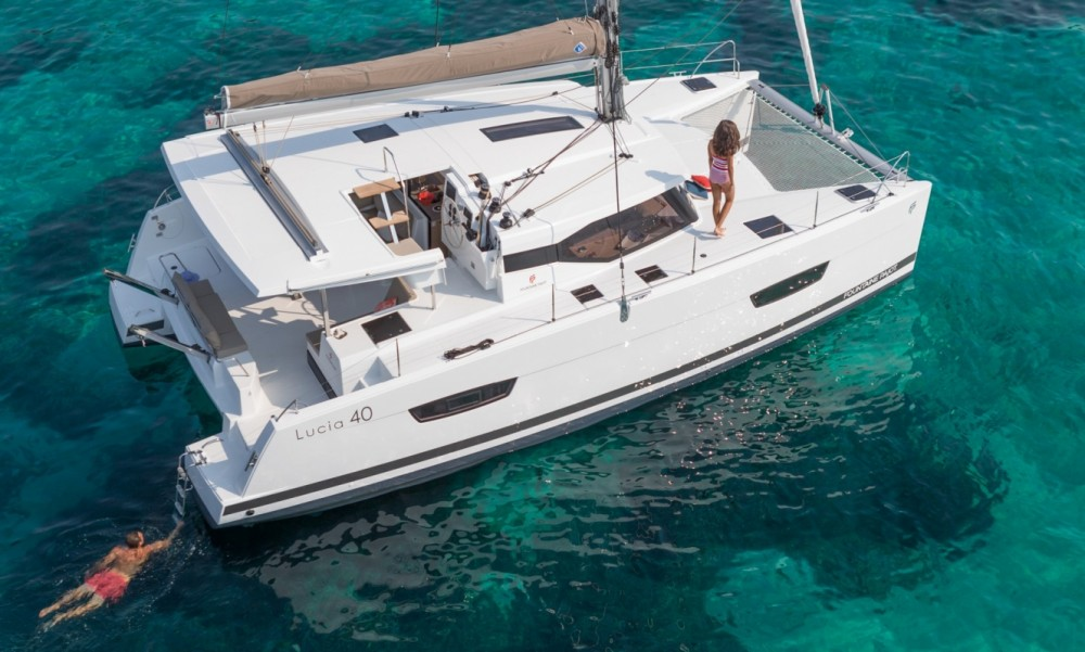 Boat rental Peloponnese cheap Fountaine Pajot Lucia 40