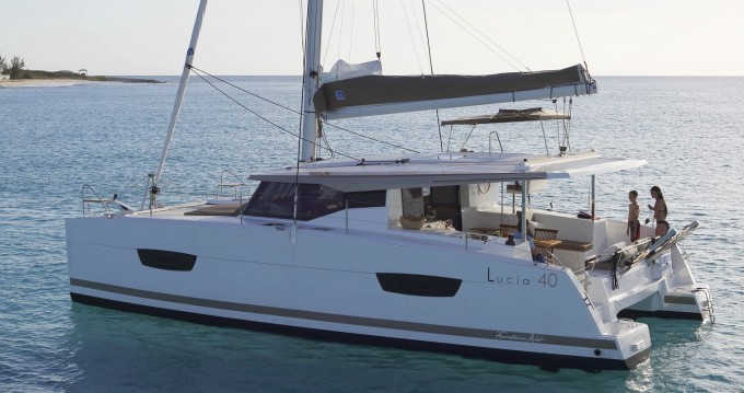 Rental Catamaran in Seget Donji - Fountaine Pajot Lucia 40
