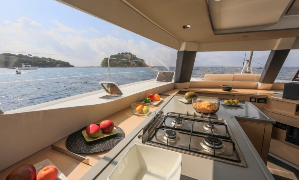 Rental yacht Tortola - Fountaine Pajot Fountaine Pajot Saba 50 - 6 + 2 cab. on SamBoat