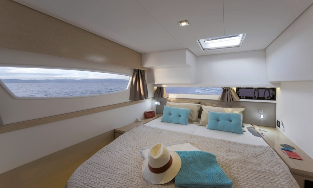 Boat rental Fountaine Pajot Fountaine Pajot Saba 50 - 6 + 2 cab. in Peloponnese on Samboat