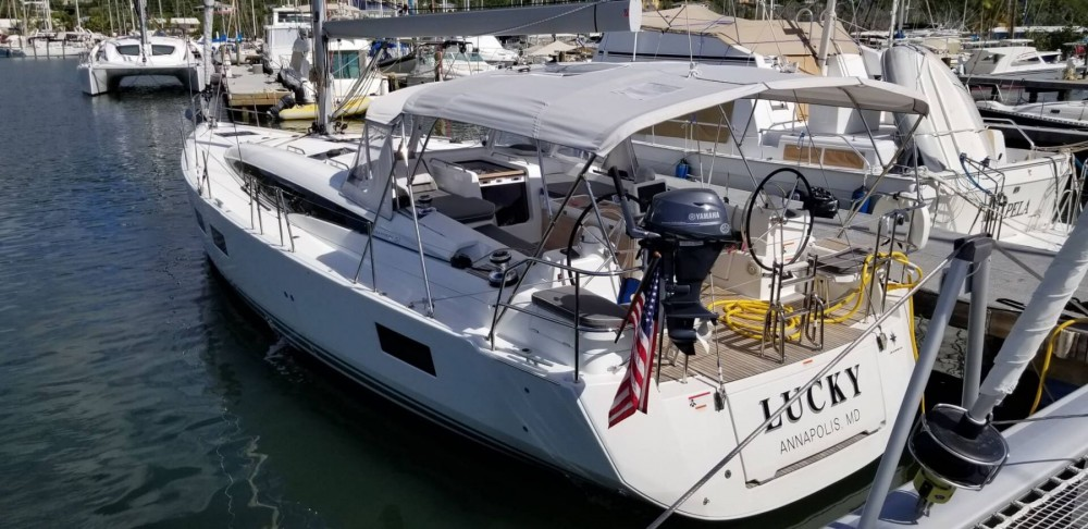 Sailboat for rent New England at the best price