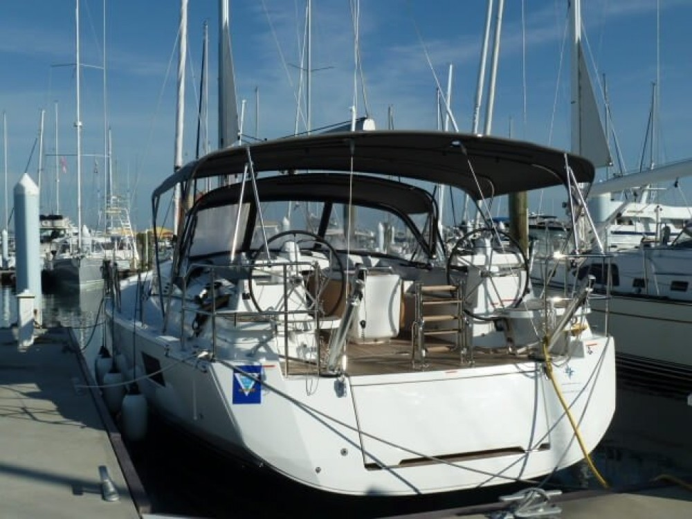 Rental yacht New England - Jeanneau Jeanneau 51 on SamBoat
