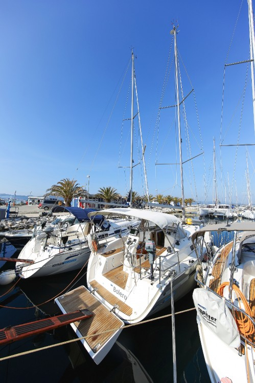 Hire Sailboat with or without skipper Bavaria Jezera