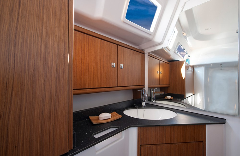Bavaria Cruiser 33 between personal and professional Lefkada