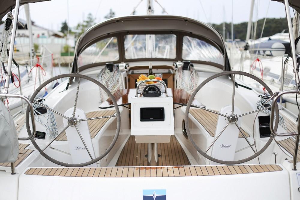 Bavaria Cruiser 34 between personal and professional Trogir