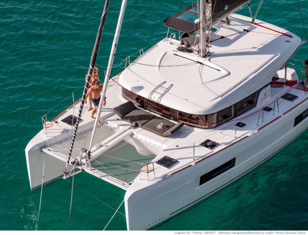 Rent a Lagoon Lagoon 40 - 4 + 2 cab  Tortola