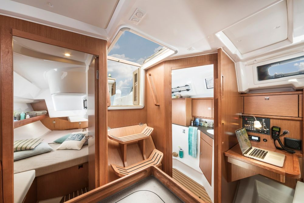 Bavaria Cruiser 34 between personal and professional Zadar