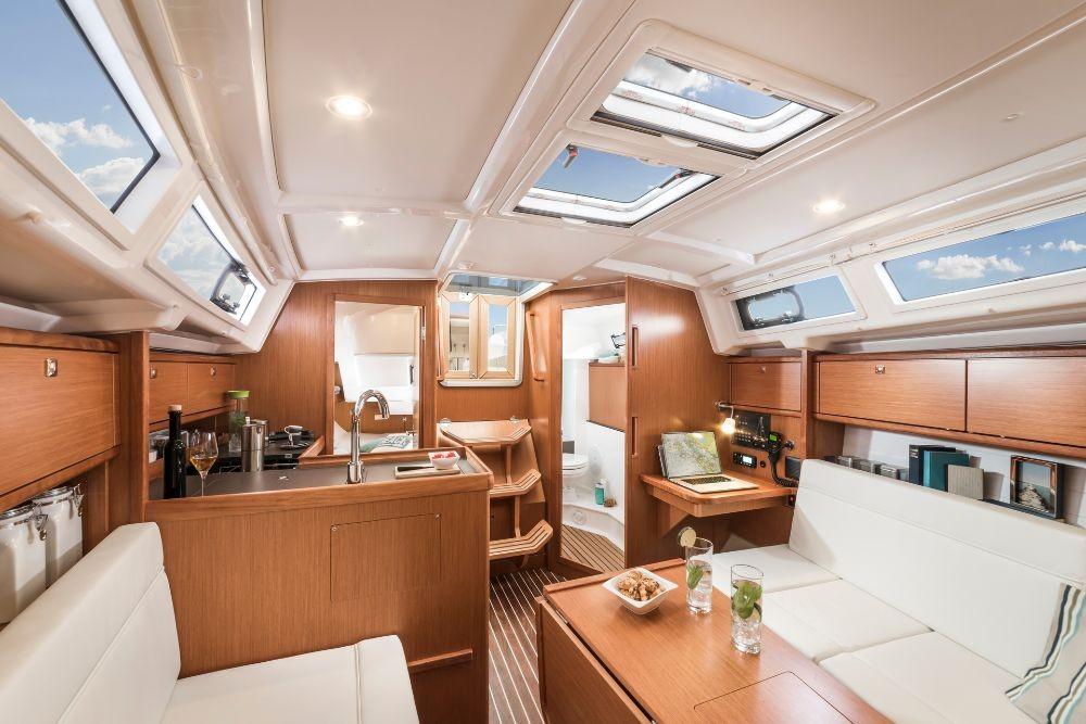 Rental yacht Zadar - Bavaria Cruiser 34 on SamBoat