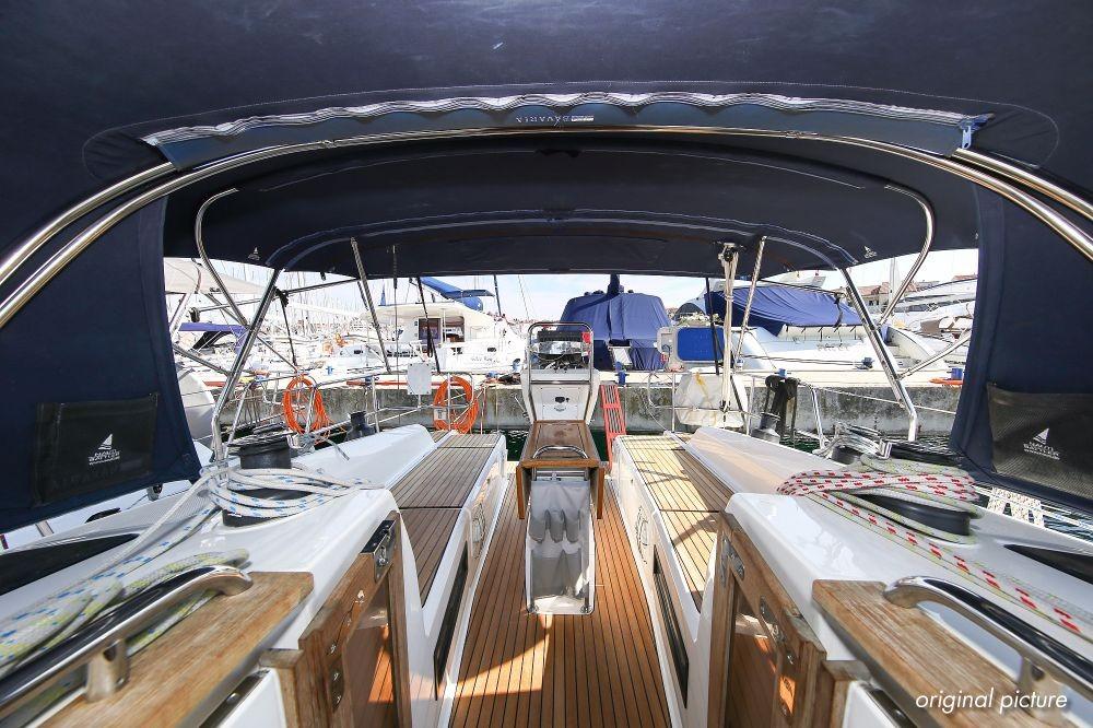 Boat rental Croatia cheap Cruiser 36
