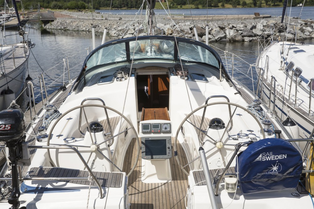 Boat rental  cheap Cruiser 42